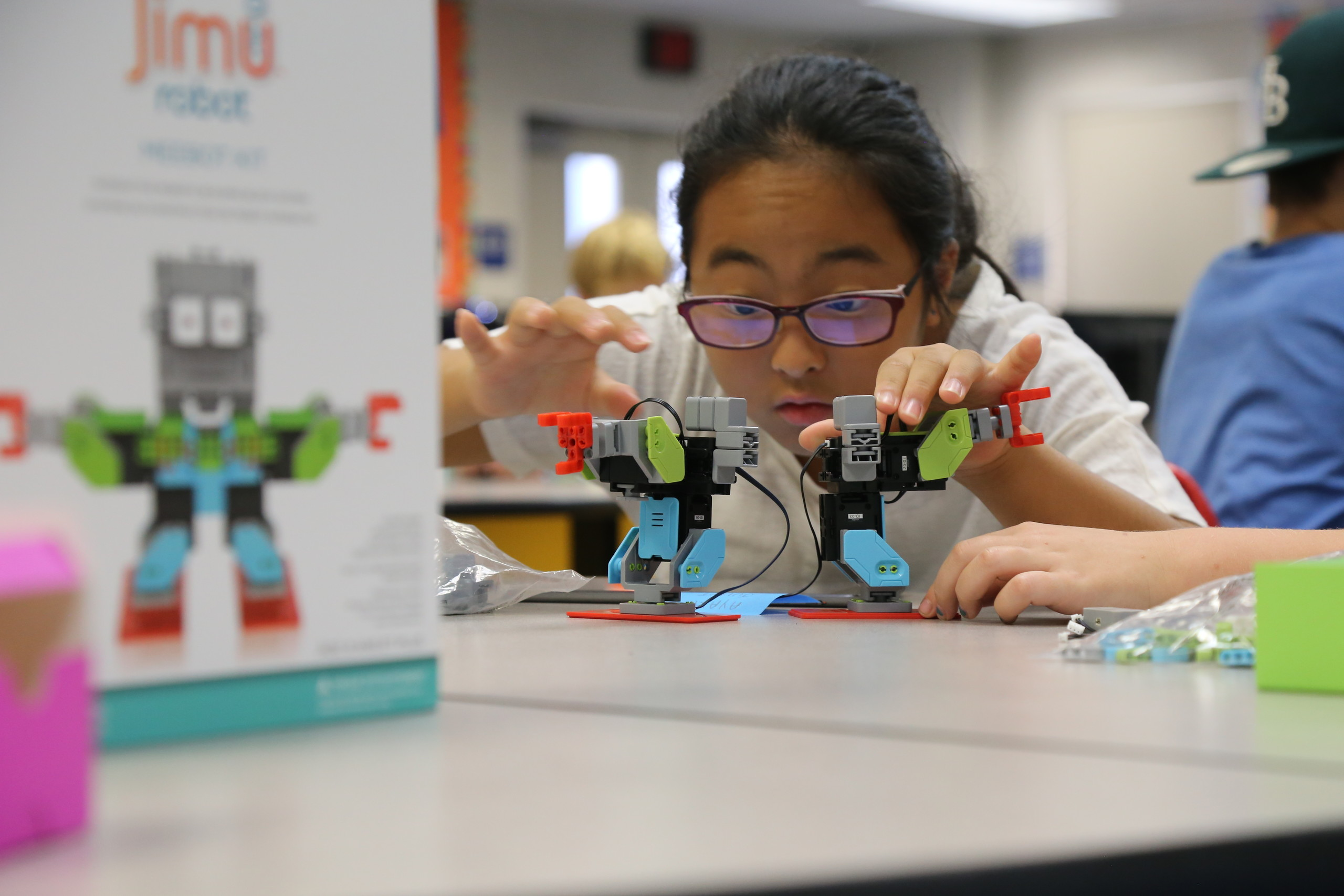 Regalos para niños y adolescentes para promover las vocaciones en informática y programación